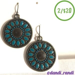 Antiqued Gold Tone Round Cabochon Dangle Earrings